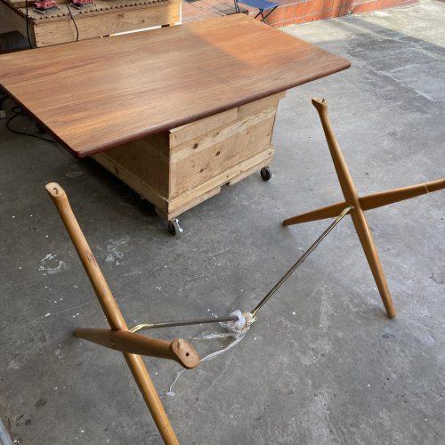 Hans J. Wegner(ウェグナー) Dining table AT303 X-leg 剥離